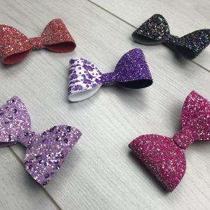 Five Bow Glitter Surprise