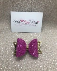 Pink and Gold Glitter Medium Scalloped Bow