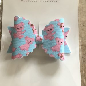 Pig Family Large Scalloped Bow